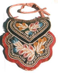 Iroquois beaded purse, 19th century