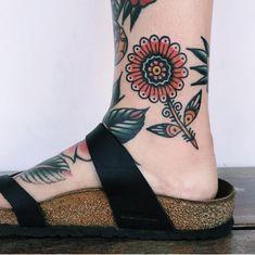 Beste Tattoo-Ideen am Bein - Neue Tattoos, Body Art Tattoos, Sleeve Tattoos, Elbow Tattoos, Tatoos, Tattoos For Guys Badass, Tattoos For Women, Awesome Tattoos, Leg Tattoo Men