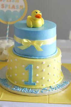 Rubber Ducky cake mimissweetcakesnbakes rubberduckycake