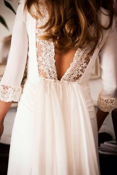 Inspiration: dainty lace details. #lacedress #lacefashion