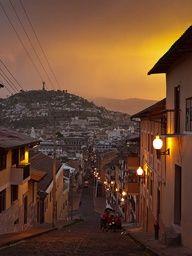 Atardecer en el Centro Histórico #Quito