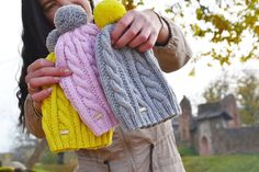 #zoedesign #zoe #käsitöö #knitstagram #knitted #knittedhat #pompom #pompomhat #merinowool #merino #kootud #müts #handmade