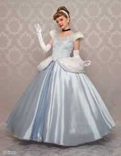 Cinderella Dress Disney, Disney Princess Cosplay, Cinderella Cosplay, Disney Wedding Dresses, Princess Costumes, Ball Gown Dresses, Fall Dresses, Nice Dresses, Dress Up