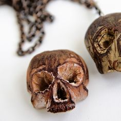 FAV CREATIVES: skull avocado seed by Deen Lluks and Arianna Tinulla