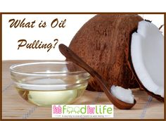 Oil Pulling - The Habit That Can Improve Your Oral Health. Oil pulling is an old healing treatment in which natural substances are used in the process Oil Pulling, Coconut Oil For Teeth, Coconut Oil Uses, Coconut Hair, Health And Wellness, Health And Beauty, Oral Health, Dental Health, Women's Health
