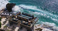 Floating bar above the Indian Ocean at Rock Bar – Ayana Resort and Spa Bali