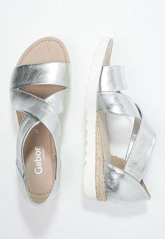 36531b3f6ae9af Gabor Sandaler  amp  sandaletter - silber - Zalando.se Gabor Shoes