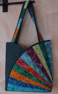 Sac Bourse Tissus Patchwork- TutorielYou can find Patchwork bags and more on our website. Patchwork Fabric, Patchwork Bags, Quilted Bag, Patchwork Quilt Patterns, Crazy Patchwork, Patchwork Designs, Patchwork Ideas, Fabric Squares, Quilting Fabric