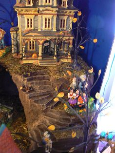 "Halloween Village Display / Dept. 56 Halloween Display / Department 56 ""Grimsley Manor"" / Grimsley Manor display by 56th and Main, via Flickr"