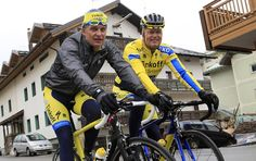 """Gallery: Uran enjoys a relaxed rest day the Giro d'Italia - The 'Dirty Duo"""" Oleg Tinkov and Bjarne Riis head out for a ride Cycling News, Pro Cycling, Bjarne Riis, Rest Days, Workout, Gallery, Italia, Roof Rack, Work Out"""
