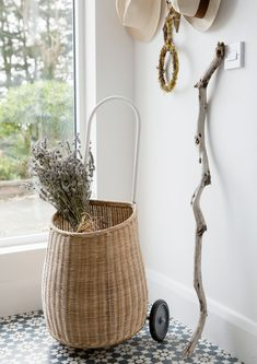 The Corner Basket - A Creative Director's Dreamy Modern Farmhouse - Photos