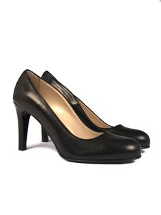 Malene Birger, Leather Shoes, Just In Case, Buy Now, Kitten Heels, Peep Toe, Pumps, Collections, Stuff To Buy