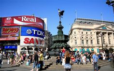 -great place for people watching. Great Places, Places Ive Been, Piccadilly Circus, London England, Wales, The Good Place, Vacations, Scotland, Ireland