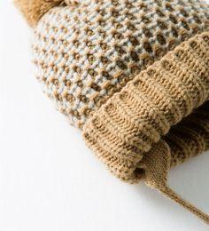 GORRO PUNTO BICOLOR OREJAS de Zara Baby 7,95€ Tienda Online