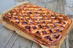 Placinta cu visine si nuca cu gratar (grilaj, gratii) reteta bunicii savori urbane Romanian Desserts, Cake Cookies, Waffles, Sweet Treats, Food And Drink, Cooking Recipes, Sweets, Bread, Breakfast