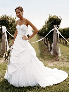 Sweetheart neckline and draping