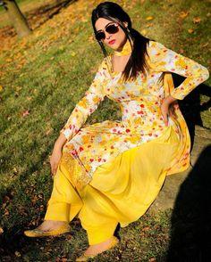 Patiala Dress, Punjabi Dress, Lehnga Dress, Punjabi Girls, Curvy Outfits, Teen Fashion Outfits, Girl Fashion, Patiala Suit Designs, Kurti Designs Party Wear