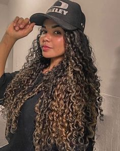 29 Curly Updos for Curly Hair (See These Cute Ideas for - Style My Hairs Curly Hair Updo, Long Curly Hair, Curly Girl, Big Hair, Curly Hair Styles, Natural Hair Styles, Pretty Hairstyles, Braided Hairstyles, Beautiful Long Hair