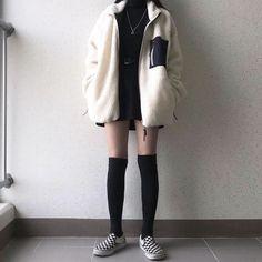 K Fashion, Ulzzang Fashion, Cute Fashion, Asian Fashion, Fashion Outfits, Edgy Outfits, Korean Outfits, Cute Casual Outfits, Aesthetic Fashion