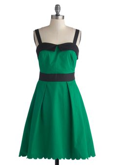 Dreaming of Denton Dress. Each time you don this ModCloth-exclusive emerald dress by Myrtlewood, it calls up memories of meandering past boutiques and bistros under the Texan sun. #green #modcloth