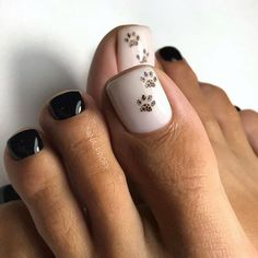 100 stylish and delicate toenails design example Page 18 of 100 Inspiration Diary Pretty Toe Nails, Cute Toe Nails, Super Cute Nails, Diy Nails, Pedicure Designs, Pedicure Nail Art, Toe Nail Designs, Toe Nail Color, Toe Nail Art