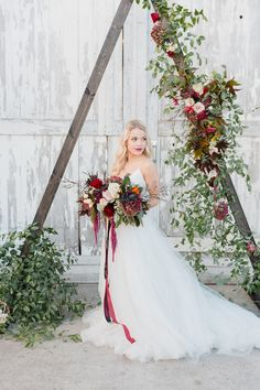 Sophisticated boho glam wedding inspiration in a unique barn setting with an autumn wedding color palette of merlot, gold, and green autumn wedding colors / wedding in fall / fall wedding color ideas / fall wedding party / april wedding ideas Fall Wedding Colors, Autumn Wedding, Boho Wedding, Rustic Wedding, Wedding Canopy, April Wedding, Wedding Flowers, Wedding Dresses, Country Style Wedding