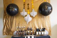 Tuxedo Black And Gold Oscar Party! {Plus Free Oscar Ballot Printable!}