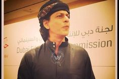 Latest Bollywood News And Updates: SRKs Happy New Year Trailer To Clash With Aamirs P...