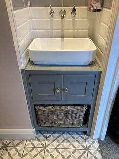 Painted pine wood bathroom sink unit with silver hardware and painted to match Farrow and Ball colours. Bathroom Sink Units, Wood Bathroom, Pine Furniture, Solid Wood Furniture, Crafts Beautiful, Furniture Companies, Plank, New Homes, Hardware