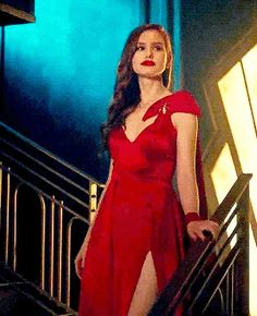 """""""She has a way with words, red lipstick, and making an entrance. Cheryl Blossom Riverdale, Riverdale Cheryl, Riverdale Cast, Fashion Tv, Fashion Outfits, Cheryl Blossom Aesthetic, Camila Mendes Riverdale, Riverdale Fashion, Walking In High Heels"""