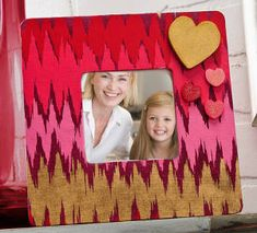 Pretty Patterned Heart Frame- easy DIY, great homemade gift!