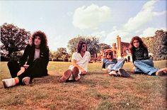 John Deacon, Queen, Freddie Mercury, Dolores Park, Couple Photos, World, Couple Shots, Couple Photography, Couple Pictures