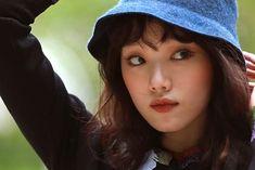 Ahn Hyo Seop, Lee Sung Kyung, Weightlifting Fairy Kim Bok Joo, Korean Model, Cops, Dramas, Actors & Actresses, Bible, Singer