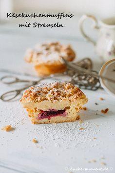 Käsekuchen Muffins mit Streuseln und Brombeeren & nagelneuer Fotohintergrund - Zuckermoment