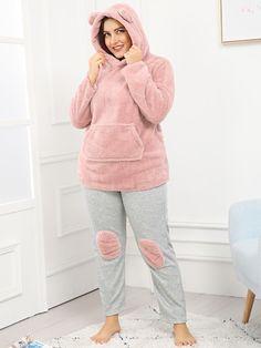 Plus Size Pajamas, Mens Pants Size Chart, Young Models, Fashion News, Fashion Trends, Pj Sets, Pajama Set, Lounge Wear, White Jeans
