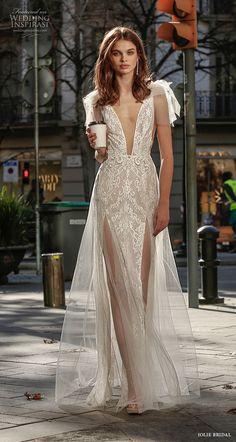 Floral Prom Dresses, Spring Dresses, Bridal Dresses, Girls Dresses, Stunning Wedding Dresses, Dream Wedding Dresses, Wedding Gowns, Low Neck Dress, Bridal Fashion Week