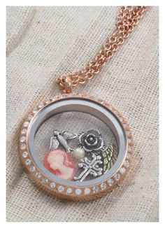 Very Vintage <3 - South Hill Designs Locket South Hill Designs by Jothelyn   Independent Artist #136784 www.southhilldesigns.com/jothelyn  Facebook- South Hill Designs/Jothelyn Email- rjlmontalvo@gmail.com