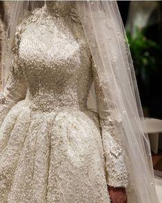 ✔ Dress Wedding Hijab Long Sleeve Source by dresses muslim Muslimah Wedding Dress, Muslim Wedding Dresses, Kebaya Wedding, Saree Wedding, Bridal Dresses, Wedding Gowns, Dresses Dresses, Hijab Simple, Wedding Hijab Styles