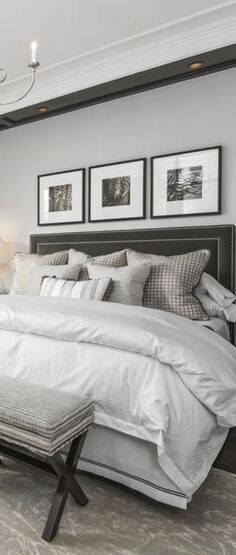 ↗️ 93 Cozy Small Master Bedroom Decorating Ideas Make The Room Look Larger Than It Actually I. ↗️ 93 Cozy Small Master Bedroom Decorating Ideas Make The Room Look Larger Than It Actually Is Rustic Master Bedroom, Bedding Master Bedroom, Master Bedroom Design, Cozy Bedroom, Home Decor Bedroom, Bedroom Ideas, Bedroom Designs, Master Room, Modern Bedroom