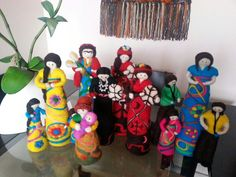 Muñecas de vellon Eclectic Taste, Needle Felting, Wool, Create, World, Stone Crafts, Fabrics, Tejidos, Manualidades