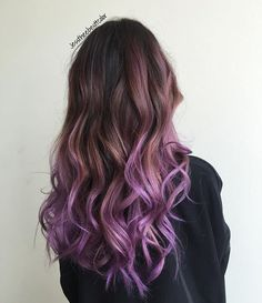 Wavey purpppp #jesstheebesttcolor #purplehair #ombre #pravana #balayage #sallyhershbergerla #olaplex #purpleombre
