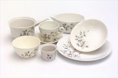 Ceramics and pottery Second Hand Shop, Dinner Sets, Auckland, New Zealand, 1960s, Competition, Southern, Shops, Pottery