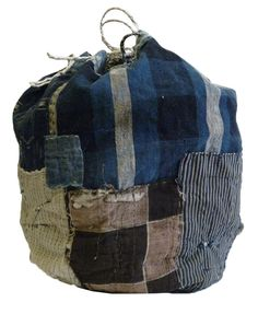 A Beautiful, Boro Drawstring Bag: Good Age, Patches and Size Boro Stitching, Rice Bags, Japanese Textiles, Boho Bags, Old Jeans, Denim Bag, Vintage Bags, Fabric Art, Vintage Japanese
