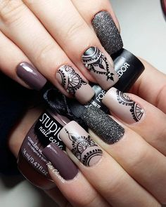 Best Ideas For Nail Art Designs To Inspire Your Imagination Nail Stamping stamping nail art avec quel vernis Lace Nail Art, Lace Nails, Ombre Nail Art, Edgy Nail Art, Nagel Stamping, Stamping Nail Art, Nagellack Design, Mandala Nails, Manicure E Pedicure