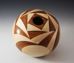 Making the Swirl Vessel by Jim Driskell (May