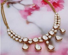Gold White Stone Necklace From Manubhai ~ South India Jewels Indian Wedding Jewelry, Bridal Jewelry, Gold Jewelry, Jewelery, Jewelry Accessories, Jewelry Design, Diamond Jewellery, Jewellery Box, Diamond Necklaces