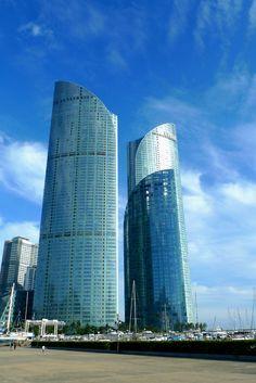 I-park apartment & Park Hyatt Hotel, Haeun-dae, Busan, Korea 부산 해운대 수영만 요트 경기장에서 바라본 아이파크와 파크 하얏트 호텔