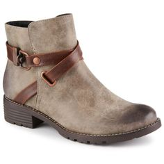 Cute and casual, the Tiana women's bootie by Eurosoft is perfect for cooler weather
