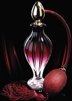 Perfume Bottle ~ Particuliere Passage No 1 Perfume Atomizer, Antique Perfume Bottles, Shades Of Burgundy, Burgundy Wine, Bottles And Jars, Glass Bottles, Perfumes Vintage, Glas Art, Beautiful Perfume