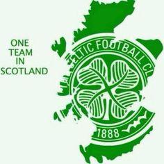 Football Team Logos, Retro Football, Football Soccer, Celtic Team, Celtic Soccer, Celtic Fc Tattoo, Scotland Tattoo, Glasgow Scotland, European Football